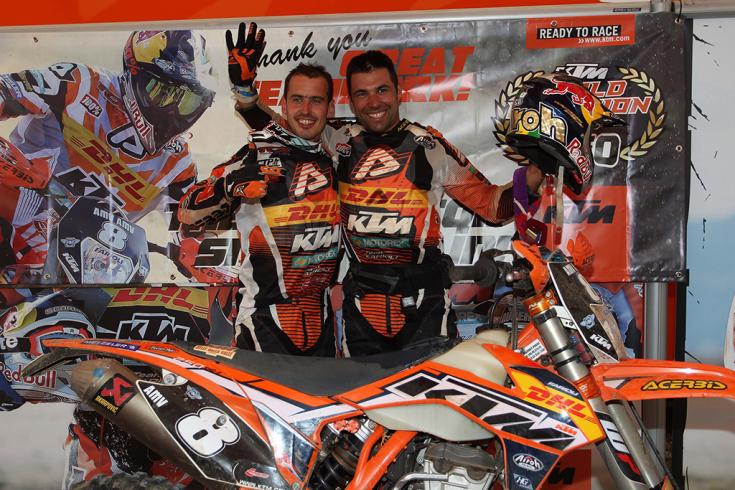 2013 Enduro World Champions Christophe Nambotin (E3) και Antoine Meo (E1) στους γύρους11/12 στην Ελλάδα