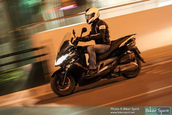 Kawasaki_J300_045