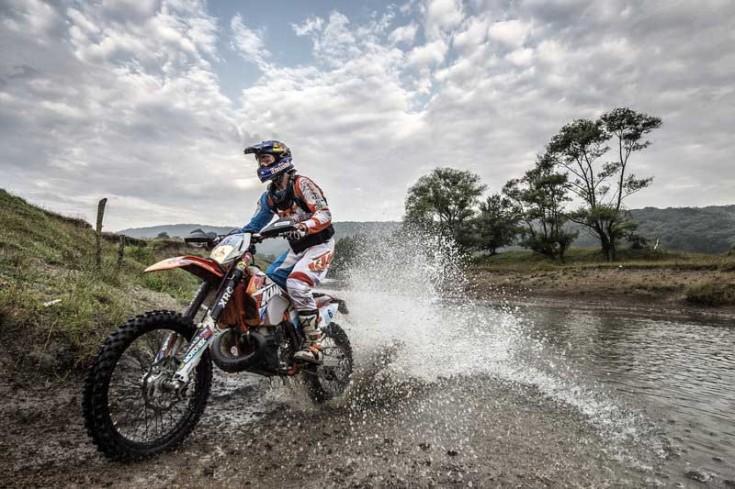 Ο Chris Birch αγωνίζεται στο Red Bull Romaniacs© Predrag Vuckovic/Red Bull Content Pool