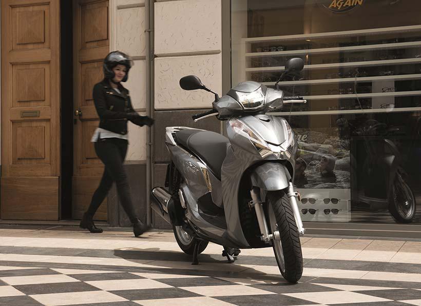 Honda-SH300